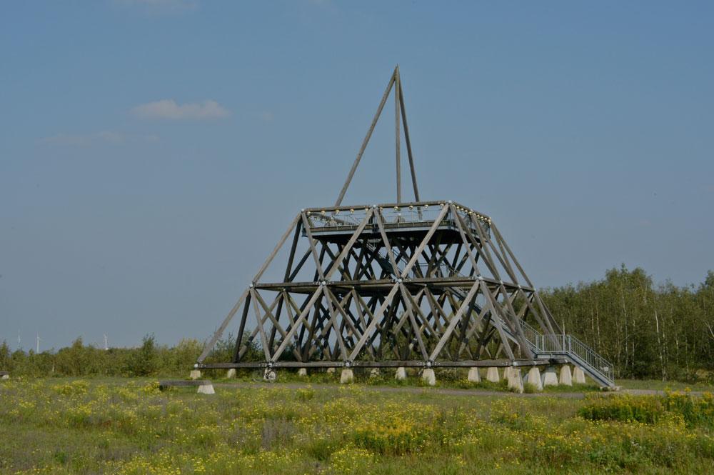 Pyramide auf der Halde Brockenscheidt in Waltrop