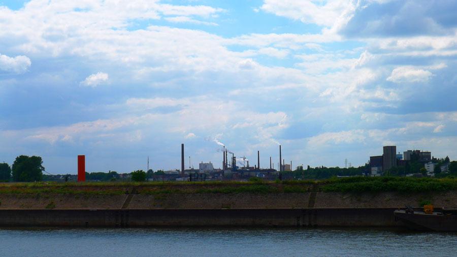 Rheinorange, von Duisburg-Ruhrort aus